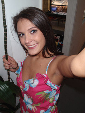 Cute girlfriend Erin is looking for no-strings-attached-sex
